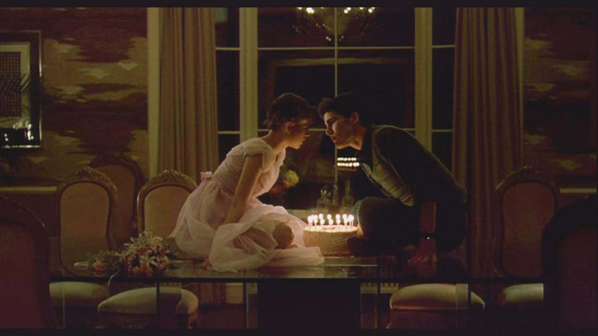 Sixteen Candles Turns 35 Cast Spills Behind The Scenes Secrets Exclusive Entertainment Tonight