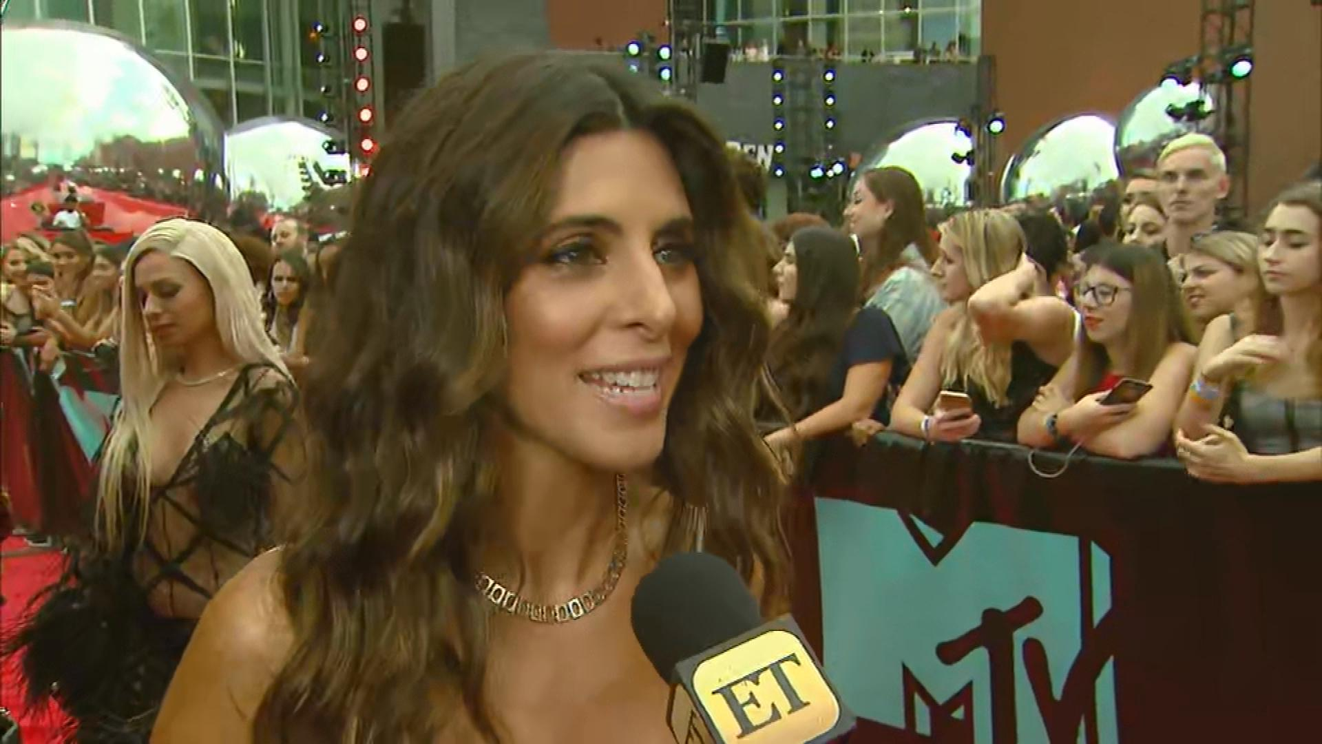 Jamie-Lynn Sigler Shares Why VMAs 'Sopranos' Reunion Is So Special (Exclusive)