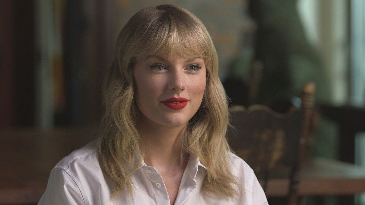 Taylor Swift Plans to Re-Record Her Earlier Songs After Scooter Braun Deal