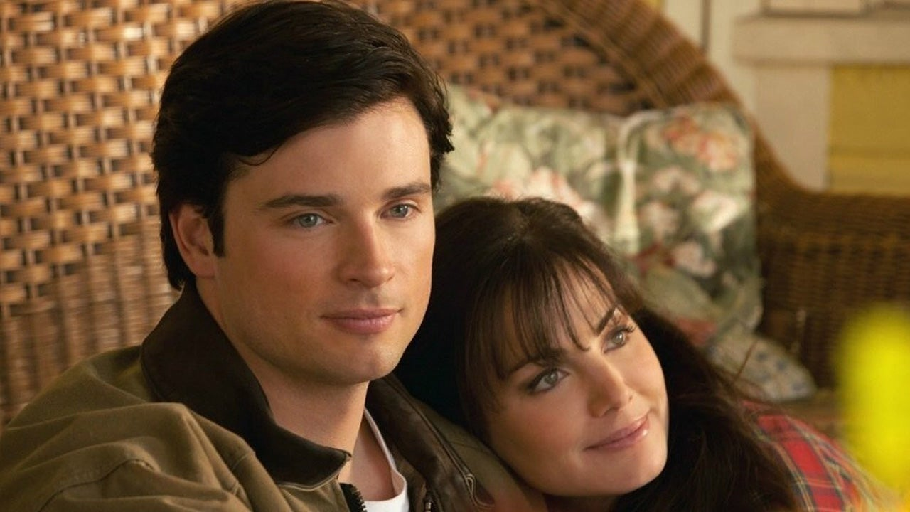 'Smallville' Star Erica Durance to Reunite With Tom Welling in 'Crisis on Infinite Earths' Crossover