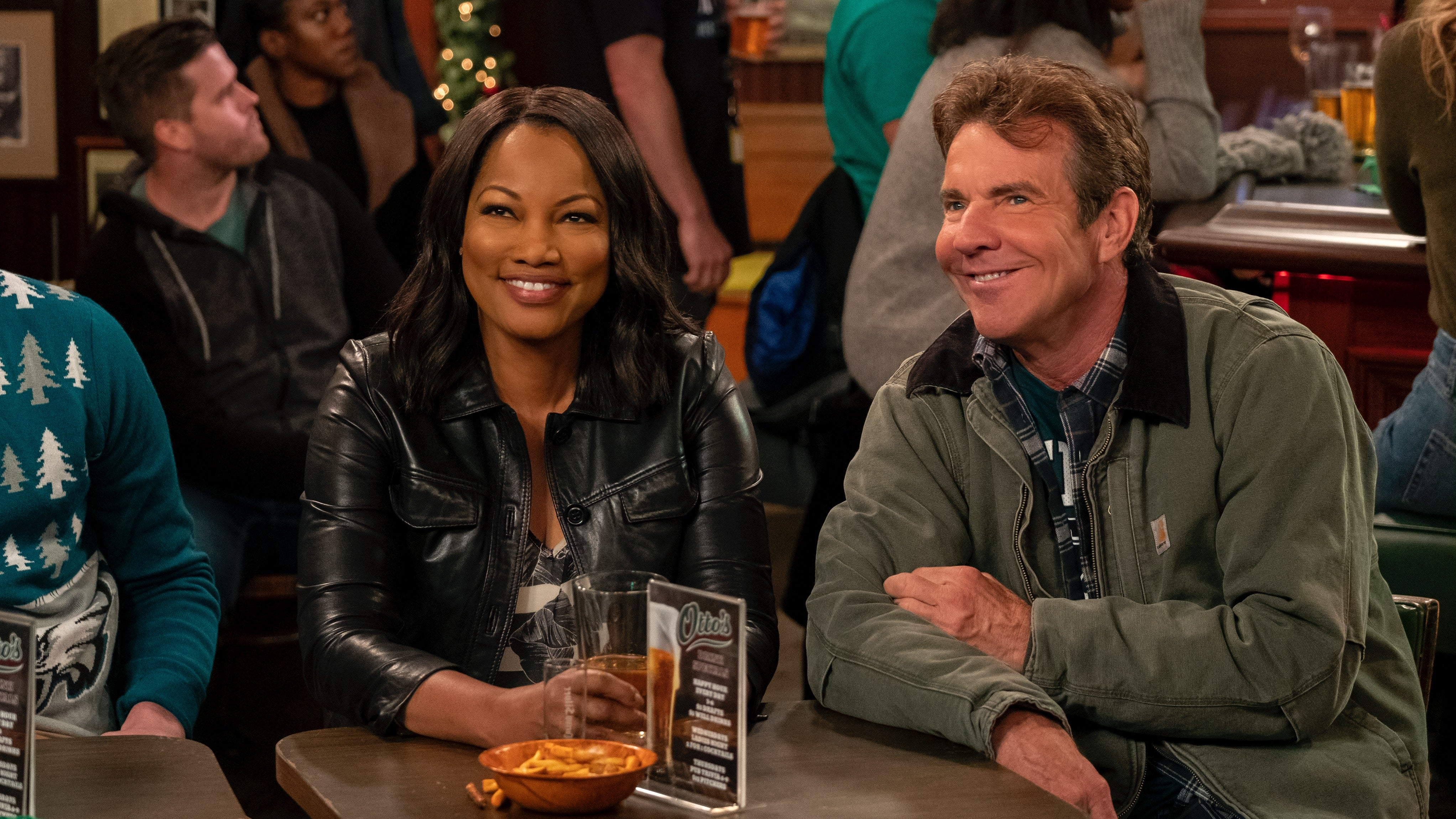 Dennis Quaid Gets Into the Holiday Spirit With Netflix's 'Merry Happy Whatever': First Look (Exclusive)