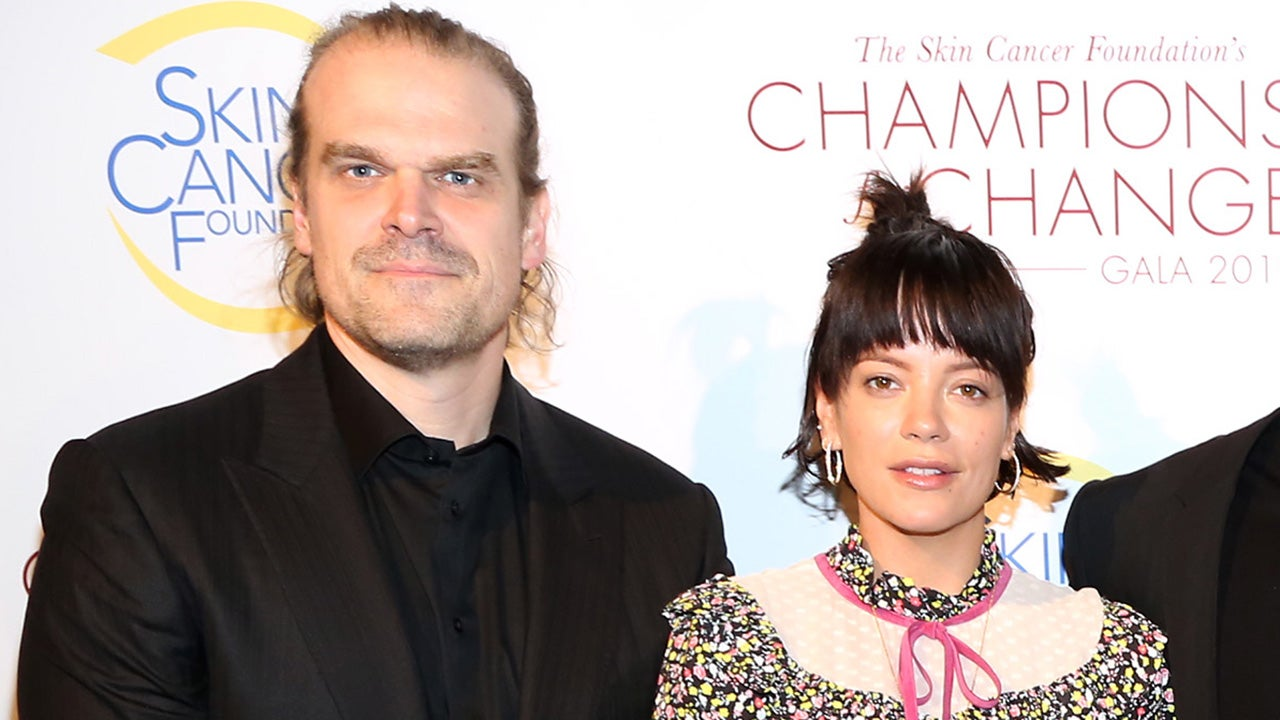 David Harbour and Lily Allen Pose on the Red Carpet Together After Kissing in NYC