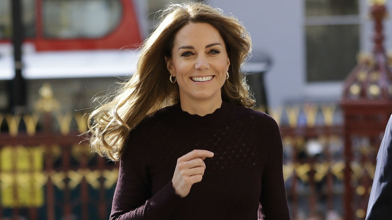 Kate Middleton's Latest Outfit Is Major Fall Fashion Inspiration -- Shop Her $113 Pants!