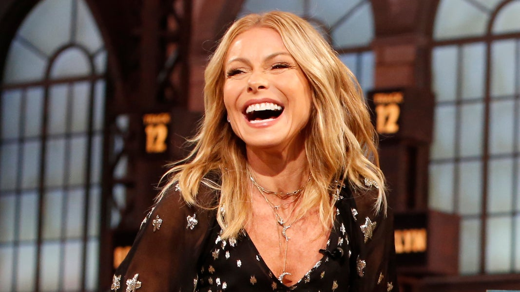 Kelly Ripa Finally Gets a Bachelorette Party 23 Years After Her Wedding