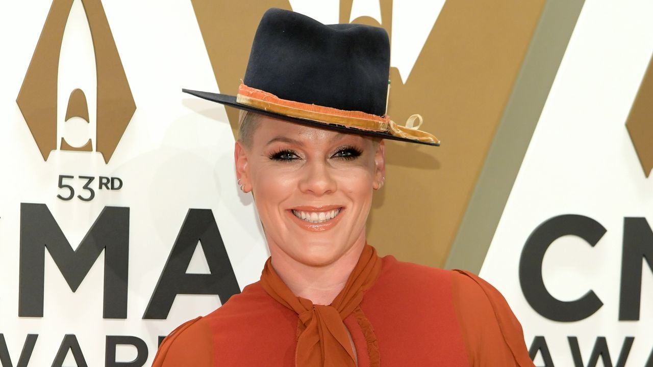 Pink Reveals Her Candid Thoughts on Aging -- and Kelly Clarkson Agrees