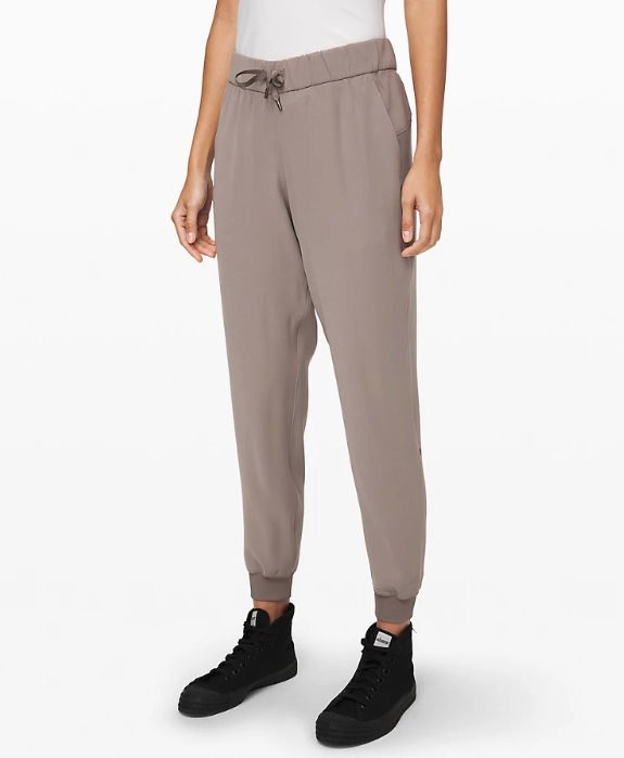Lululemon On the Fly Jogger Woven