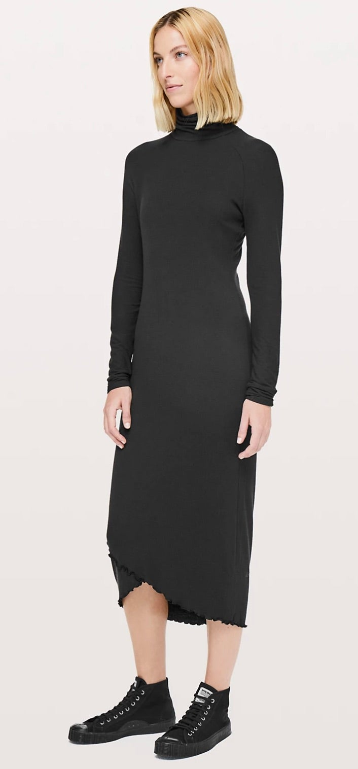 Lululemon Nai Dress