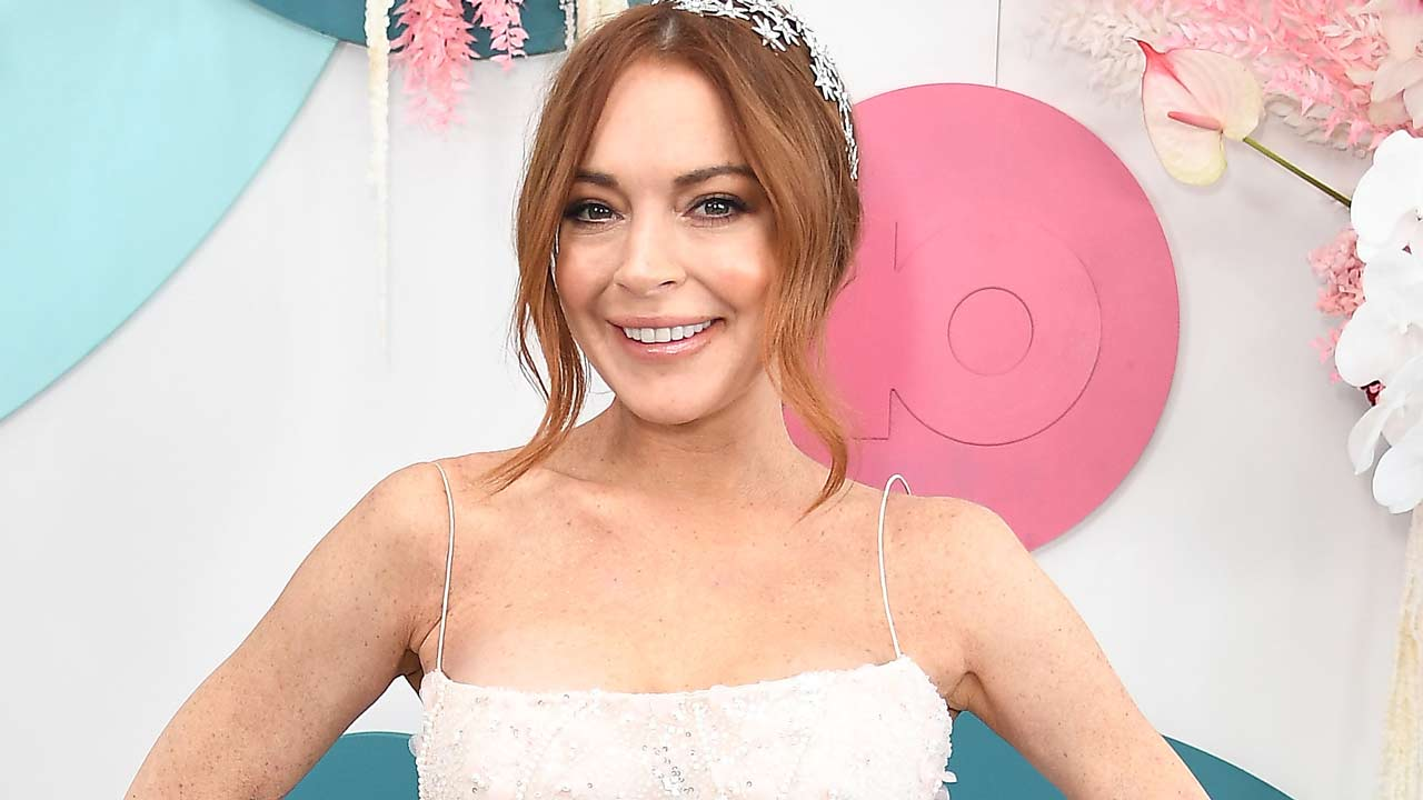 Lindsay Lohan Says Her New Album Is Dropping in February!