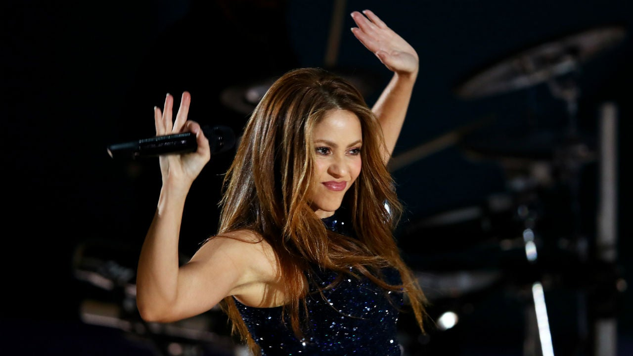Shakira Gives Fans a First Look From the Super Bowl Halftime Show: Pic!