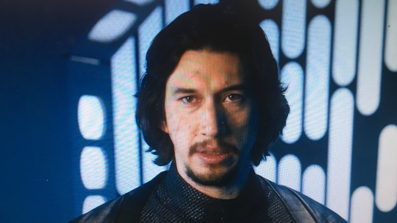 'SNL': Adam Driver Pokes Fun at Kylo Ren Once More in Epic 'Star Wars' Spoof