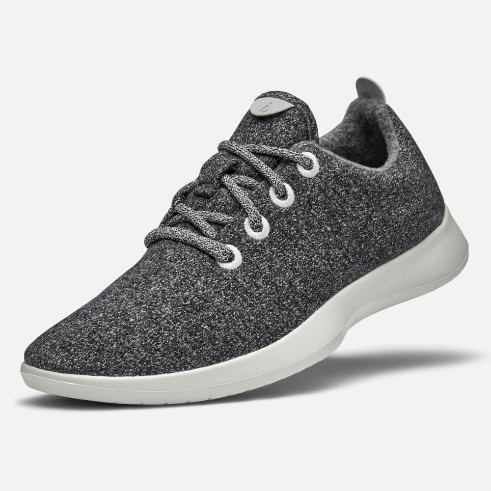 nike women's walking sneakers