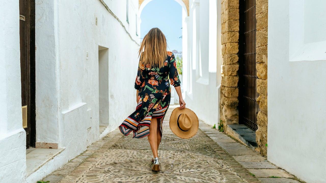 etonline.com -   ETonline Staff   - Amazon Summer Fashion Sale: Deals on Designer Dresses
