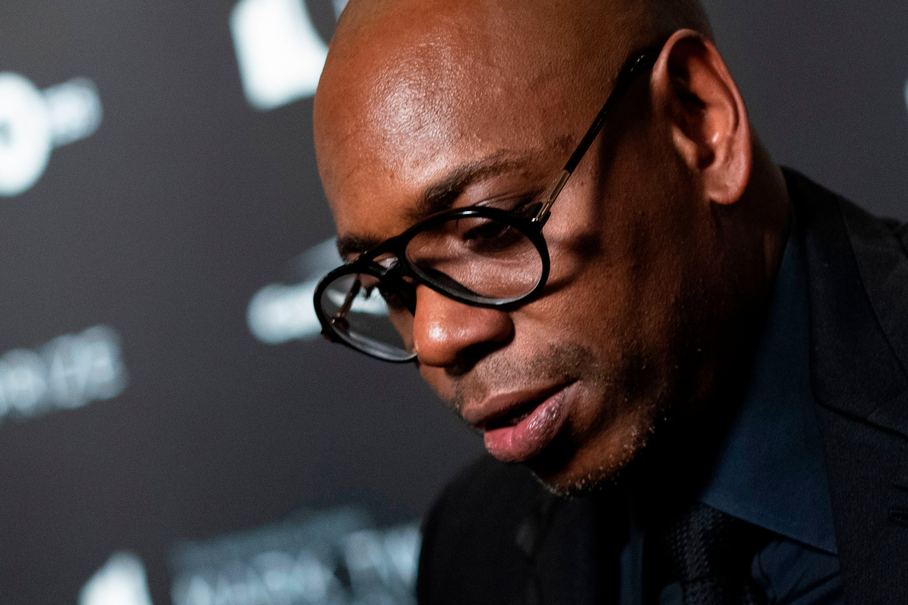 dave chappelle addresses george floyd s death in surprise netflix special 8 46 entertainment tonight dave chappelle addresses george floyd s