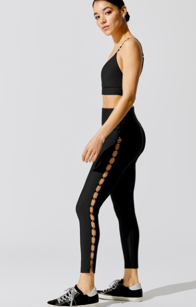Carbon38 Bralette and Mini Chain Detail High Rise 7/8 Legging