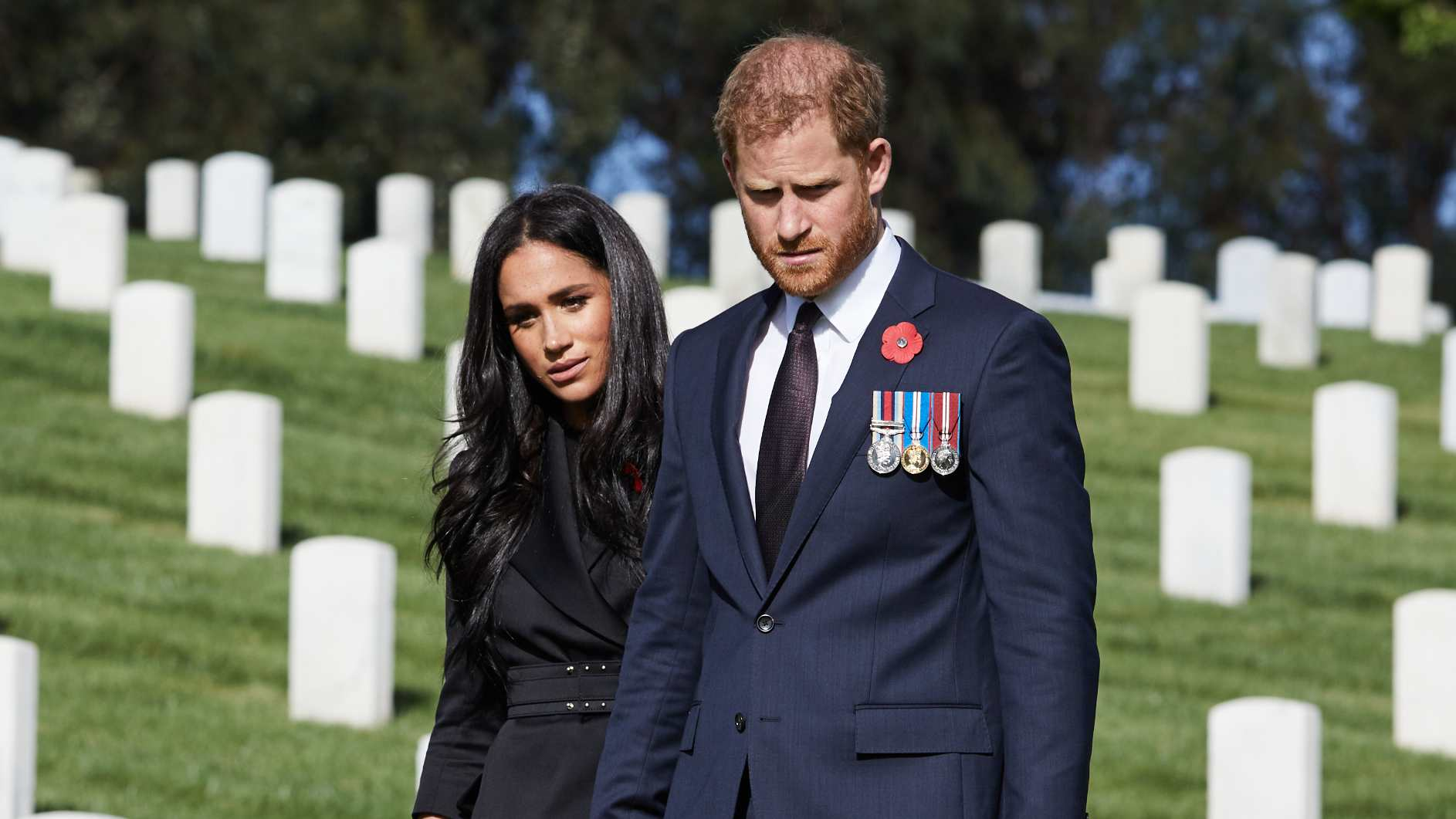 prince harry meghan markle celebrate remembrance day in the us entertainment tonight prince harry meghan markle celebrate