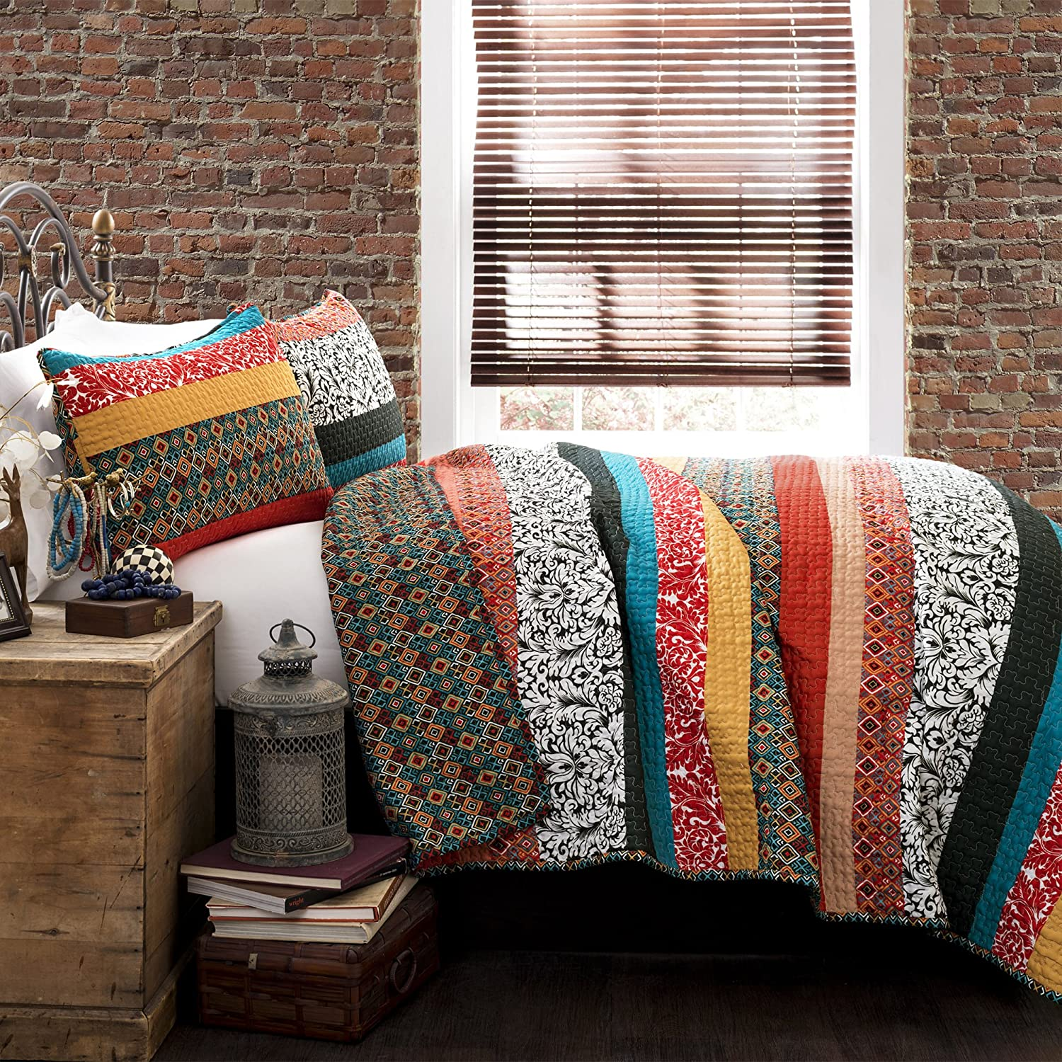 Lush Decor Boho Stripe Quilt Reversible 3 Piece Bohemian Design Bedding Set