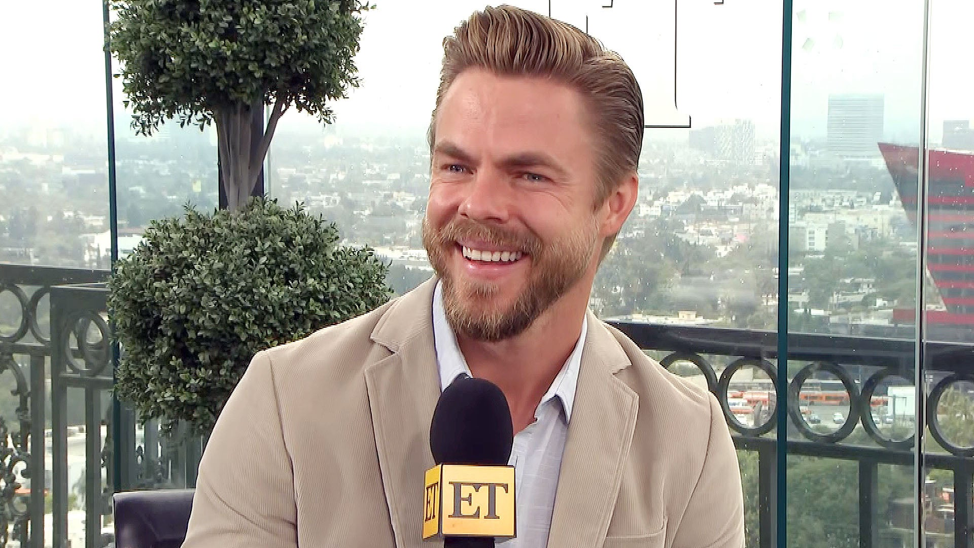 Derek Hough on What Fans Can Expect From His New Las Vegas Show