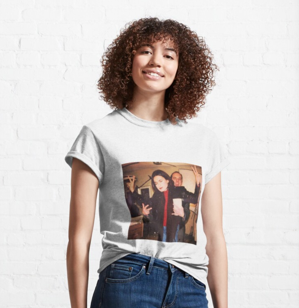 Mariska Hargitay And Chris Meloni Svu Classic T-Shirt