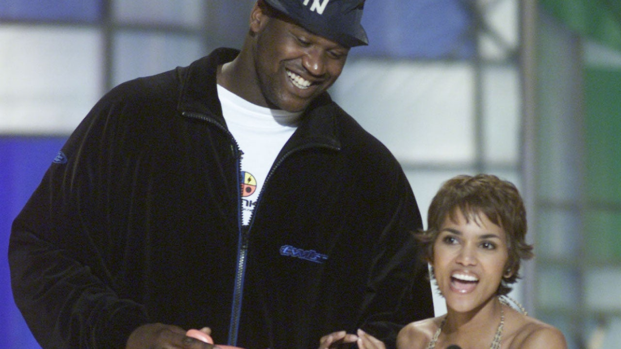 Shaquille O'Neal of the Los Angeles Lakers and actress Halle Berry at the Nickelodeon's 14th Annual Kids' Choice Awards at Barker Hanger in Los Angeles, CA., Saturday, April 21, 2001.