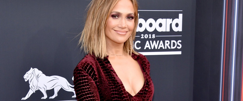 Jennifer Lopez at billboard awards 2018