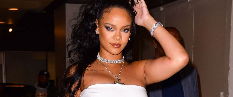 Rihanna in nyc on oct 13