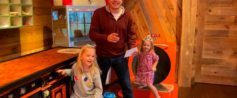 jimmy fallon with daughters - The Tonight Show Starring Jimmy Fallon - Season 7