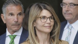 Lori Loughlin's Federal Court Hearing: Observations From Inside the Courtroom