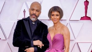 Oscars 2021: Halle Berry Rocks a Shorter 'Do During Red Carpet Debut With Boyfriend Van Hunt