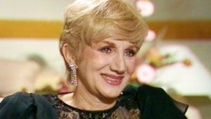 Remembering Olympia Dukakis: ET's Time With the 'Steel Magnolias' Star