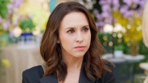 Lacey Chabert Feels the Pressure of Parenting in Hallmark Channel's 'Sweet Carolina' First Look (Exclusive)