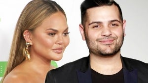 Designer Michael Costello 'Still Waiting' for Chrissy Teigen to Apologize for Alleged Cyberbullying