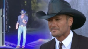 Tim McGraw Jumps Off Stage to Confront Hecklers During Live Concert