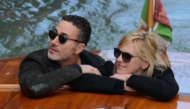 Anna Faris and her new boyfriend Michael Barrett arriving in Venice ahead of a romantic getaway.