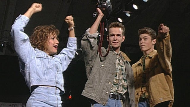 How the 'Beverly Hills, 90210' Cast Is Feeling as They Film Reboot After Luke Perry's Death