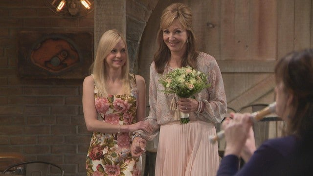 Allison Janney Gushes About Working With 'Mom' Co-Star Anna Faris (Exclusive)