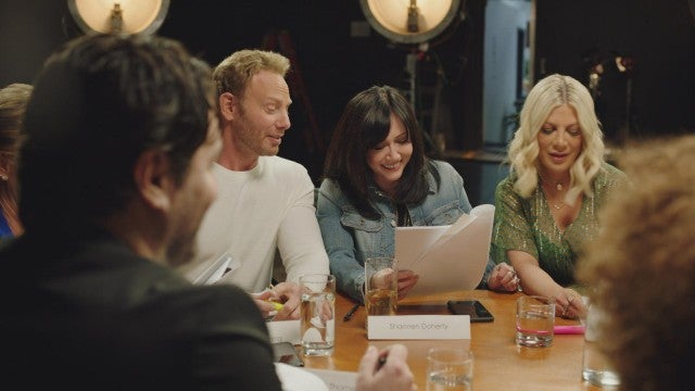 '90210' Cast Reunites in New Series First Look!