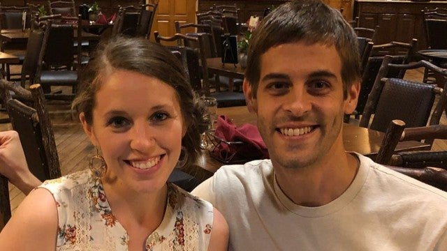 Jill Duggar Defends Reading the Kama Sutra on Anniversary Trip