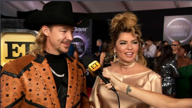Diplo Gets Super Starstruck by Shania Twain at American Music Awards 2019 (Exclusive)