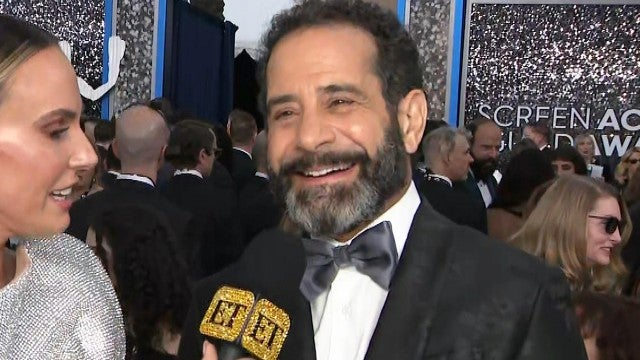SAG Awards 2020: Tony Shalhoub Jokes 'Maisel' Co-Star Alex Borstein Is an 'Insatiable Egomaniac'
