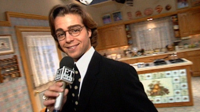 Joey Lawrence Gives Behind-the-Scenes Tour of 'Blossom' (Flashback)