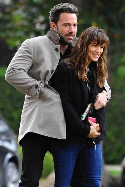 Ben Affleck Can U0026 39 T Keep His Hands Off Jennifer Garner