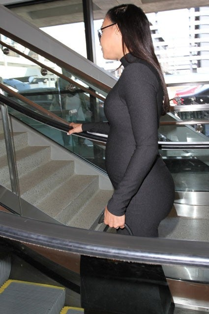 Naya Rivera Shows Off Her Baby Bump In Skin Tight Black