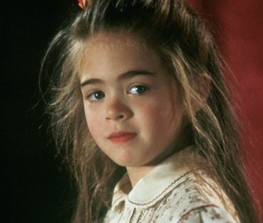 the little girl from hook is all grown up entertainment tonight