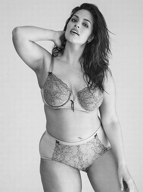 The Super-Sexy Ashley Graham is Cosmopolitans August