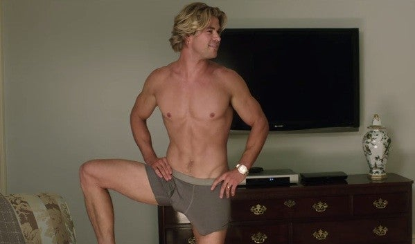 Hollywood S 9 Hottest Hunks Of Summer Entertainment Tonight