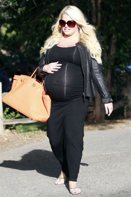 Pregnant Ashlee Simpson Steals Sister Jessica S Maternity
