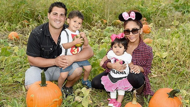 snooki hosts adorable disneythemed birthday party for her