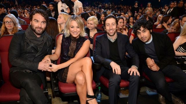Who Is Kaley Cuoco Dating Wdw