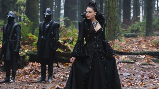 https://www.etonline.com/sites/default/files/styles/640xh/public/images/2016-03/1280_Once_Upon_a_Time_Evil_Regina.jpg?itok=IN3exnyd