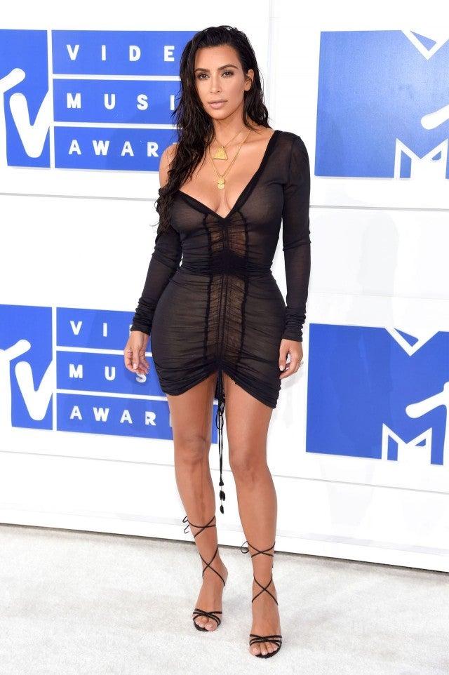 Kim Kardashian Explains Her Beach Inspired Mtv Vma Look